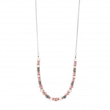 Stříbrný řetízek s růžovými korálky