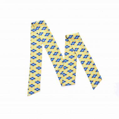 Slim šátek s desénem tvarů 150/7