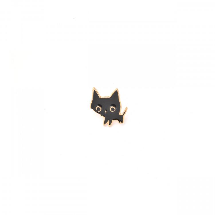 Černá kočička nyní